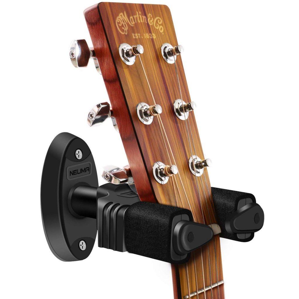【ギタリストにオススメ】自動ロック式壁掛けギタースタンドのレビュー